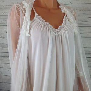 Vintage 50s white sheet nightgown robe set